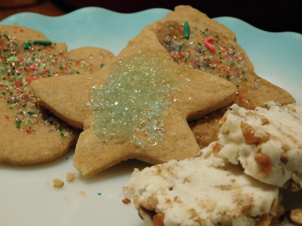 Crispy Spicy Cookies and Seaside CandyRoll
