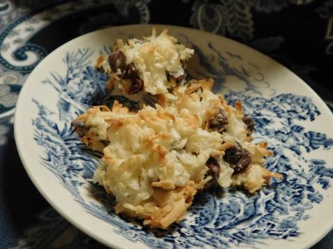 Chocolate Coconut Macaroons top